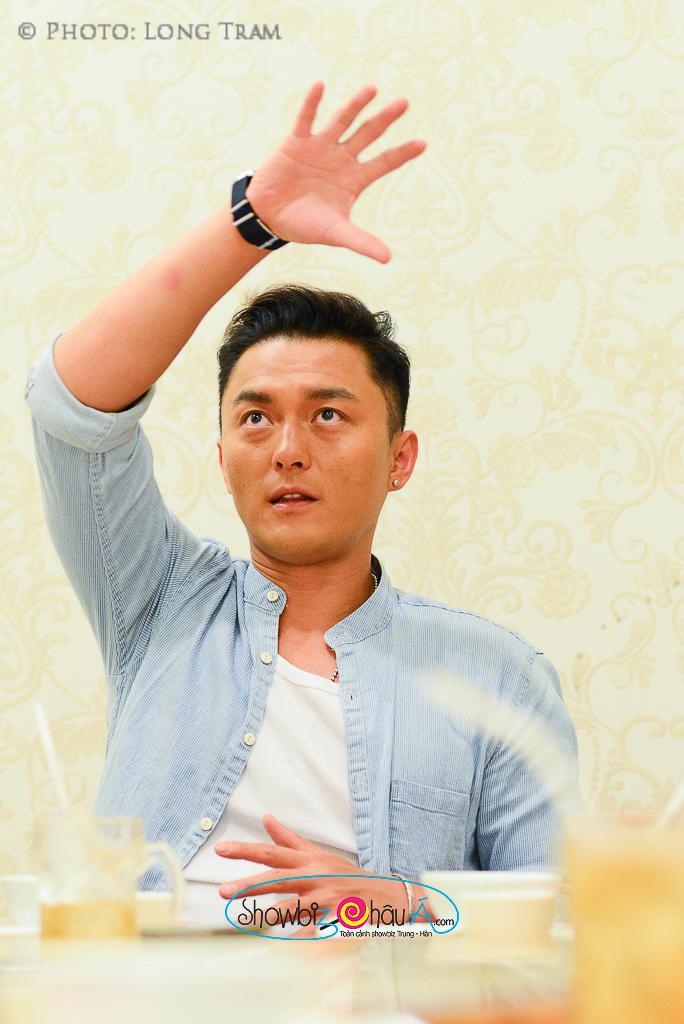 """Dương Minh miêu tả lại những cảnh quay mà mình đã thực hiện trong bộ phim """"Bí mật đảo Linh Xà"""""""